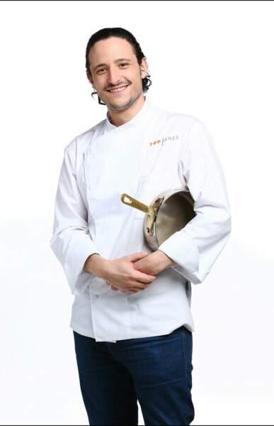 Pierre Meneau, 29 ans, est chef de son restaurant à Paris