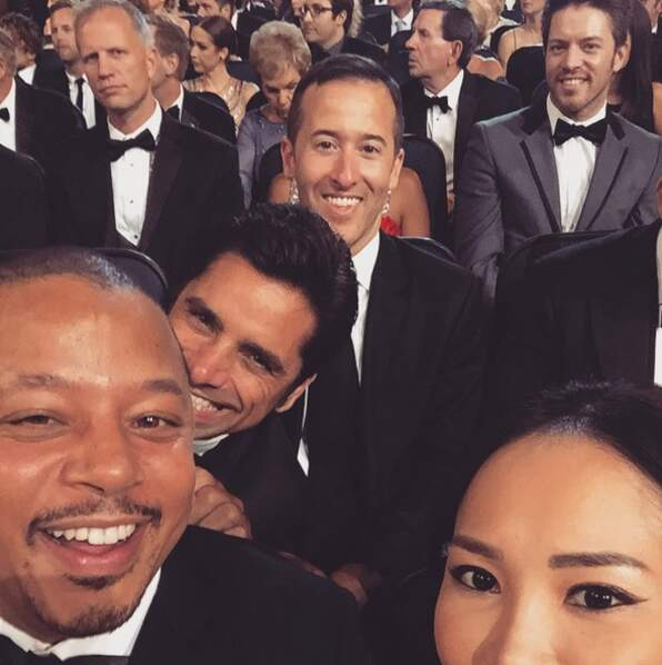 Selfie time pour Terrence Howard et John Stamos