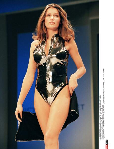 Laetitia Casta en Victoria's Secret en 1997