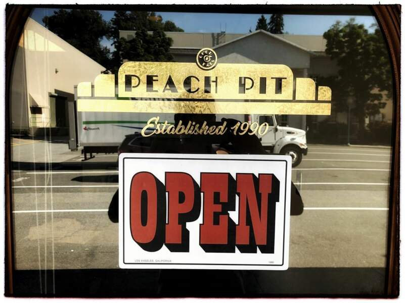 Le Peach Pit dans la nouvelle version de Beverly Hills ? On dit un grand oui !!!