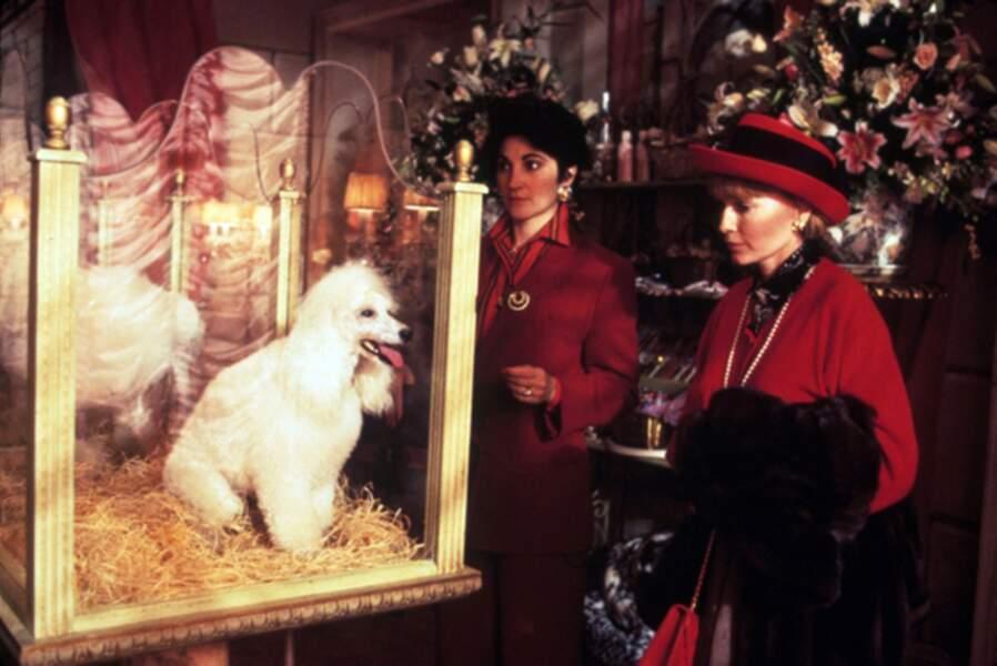 Mia Farrow et son célèbre couvre-chef dans Alice (1990)