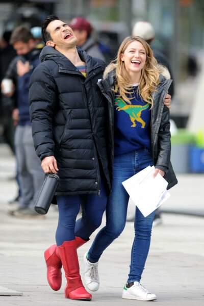 Hors caméra, Melissa Benoist et Tyler Hoechlin s'entendent à merveille sur le tournage des crossover des superhéros