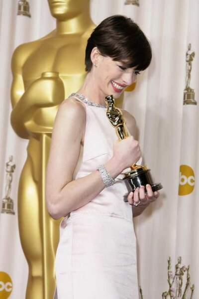 Anne Hathaway, meilleur second rôle féminin pour Les Misérables