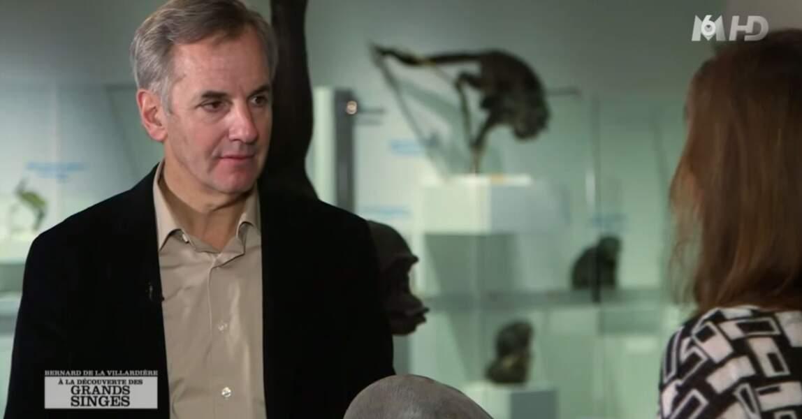 Bernard de La Villardière présente Enquête Exclusive sur M6 ainsi que d'autres soirées événementielles.