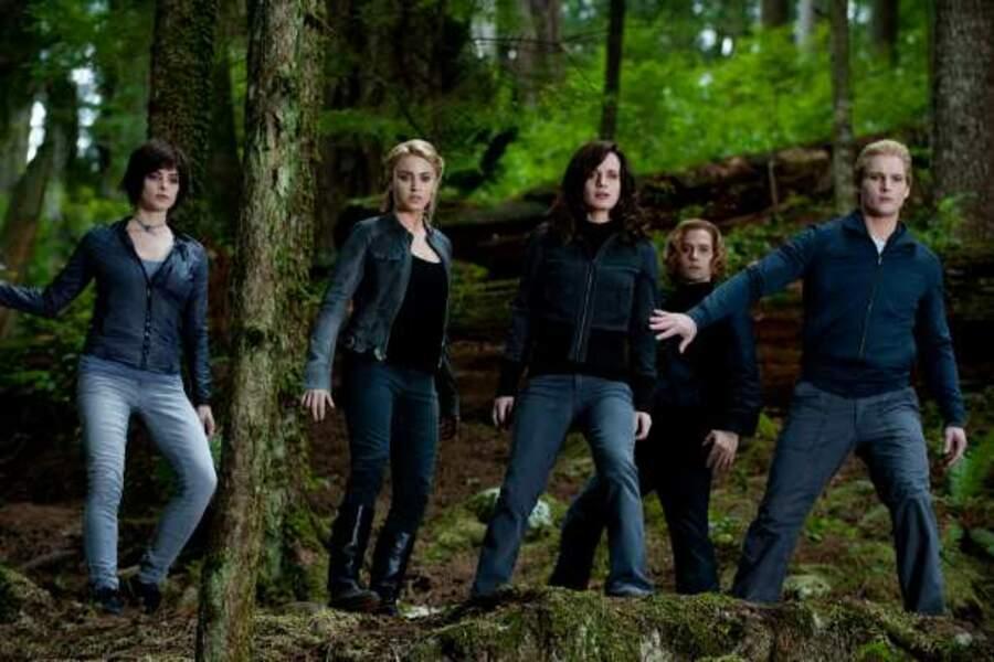 Les Cullen - Twilight chapitre 3 : Hésitation