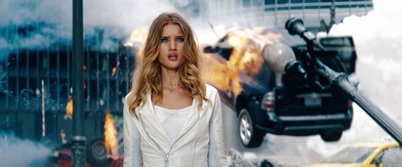 Rosie Huntington-Whiteley dans Transformers 3 (2011)
