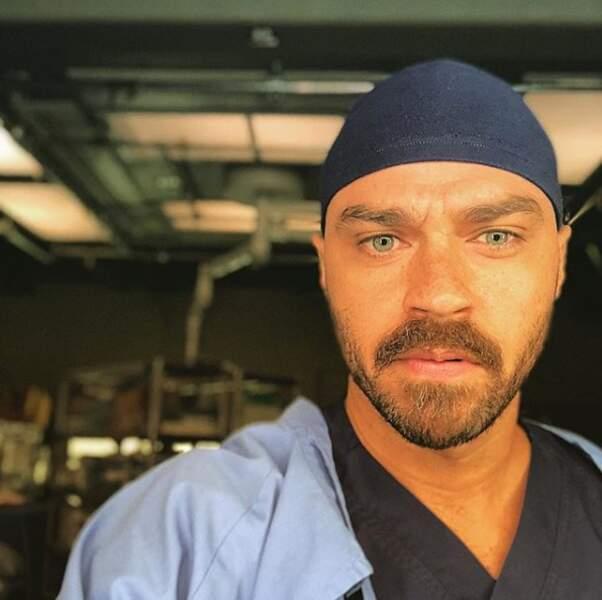 Le beau Dr Avery est bien de retour dans le bloc opératoire de Grey's Anatomy saison 15