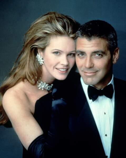 Elle Macpherson avec George Clooney dans Batman et Robin (1997)