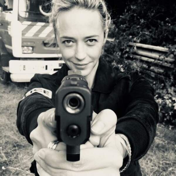 Quand Hélène de Fougerolles joue les flics, c'est du sérieux