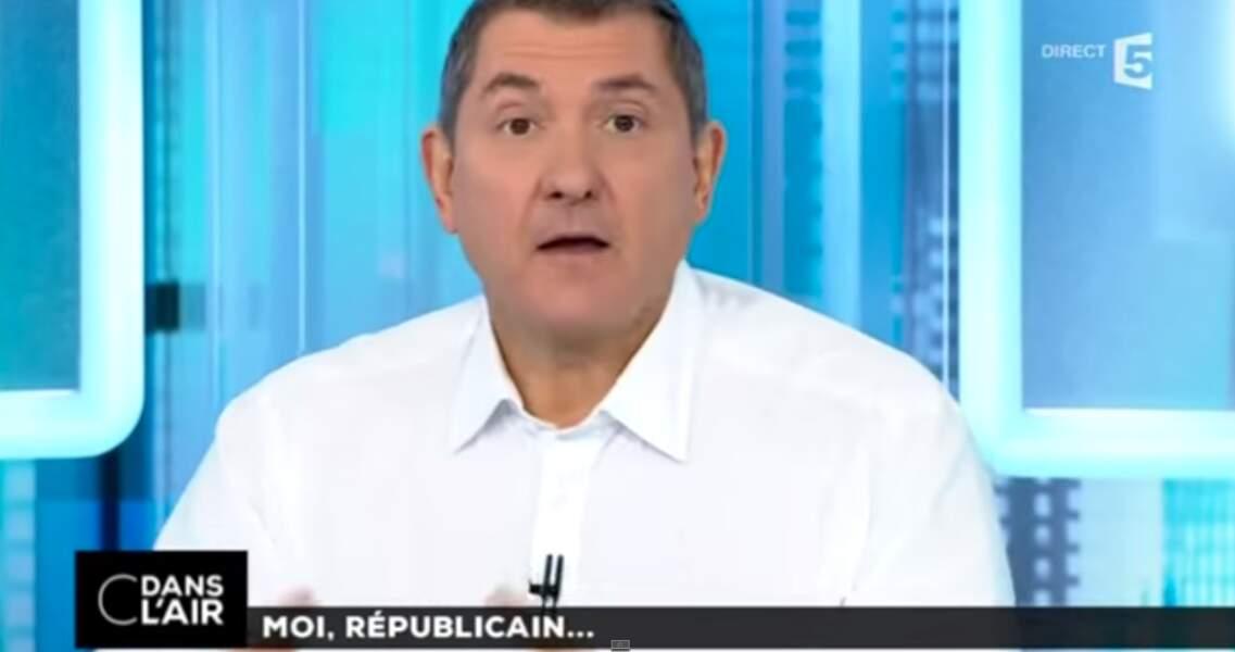 Yves Calvi est à la tête de C dans l'air sur France 5