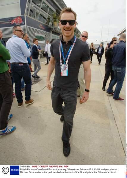 """Au GP de Silverstone, fan de Formule 1, Michael Fassbender a prêté sa voix pour narrer un doc intitulé """"1""""."""
