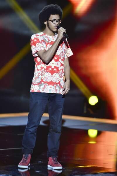 Première audition et premier succès pour Julien, étudiant de 17 ans, qualifié en reprenant Hey Ya de Outkast