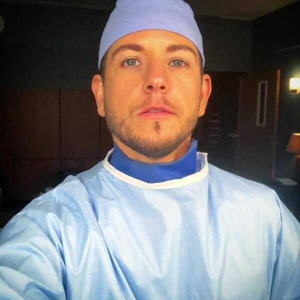 Du côté des internes de Grey's Anatomy, le sérieux est de rigueur car une opération se prépare…