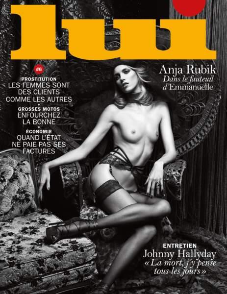 """Avec la polonaise Anja Rubik, le proverbe """"En avril, ne te découvre pas d'un fil"""" prend toute sa signification."""