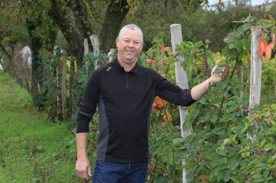 """Eric, 54 ans, Bourgogne, producteur de """"petits fruits bios"""""""