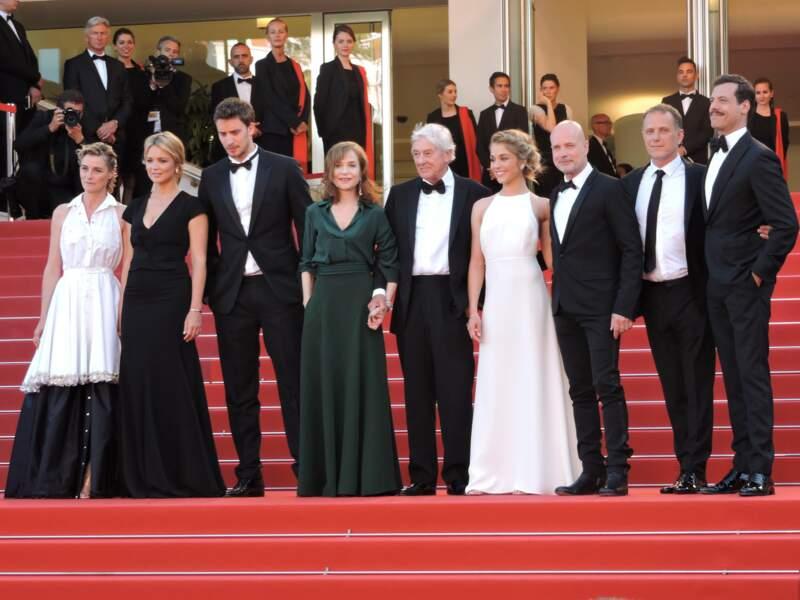 Elle fait partie du casting international réuni par Paul Verhoeven pour la co-production Elle.