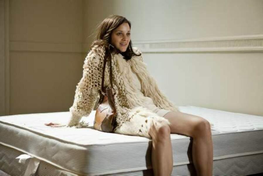 Marion Cotillard joue le rôle d'une prostituée droguée dans Blood Ties