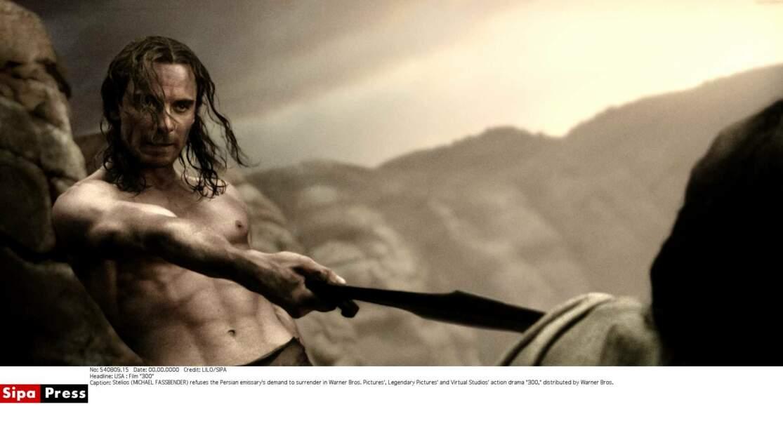 En 2007 il endosse le rôle musclé de Stelios, guerrier Spartiate dans le péplum 300 de Zack Snyder.