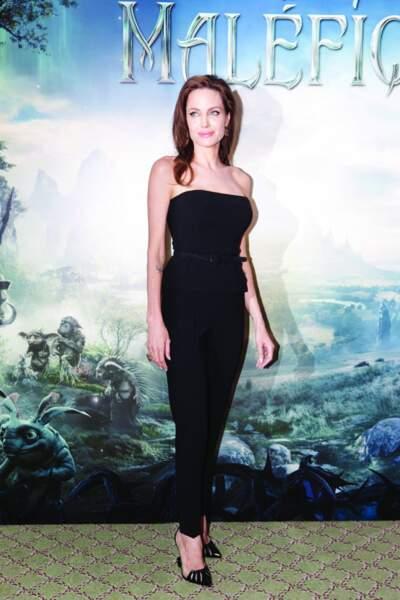 Angelina Jolie joue le rôle de Maléfique, la méchante de La Belle au bois dormant