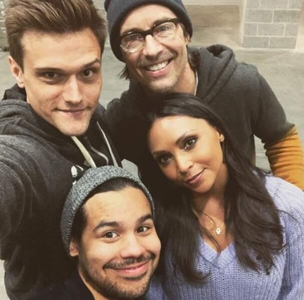 Petit selfie des acteurs sur le tournage de Flash