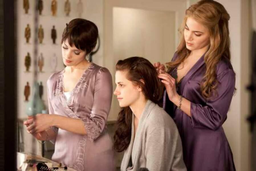 Alice, Bella et Rosalie - Twilight chapitre 4 : Révélation première partie