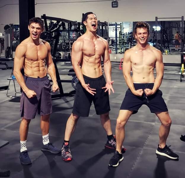 Les garçons de 13 Reasons Why sortent les muscles pour se préparer pour la saison 3