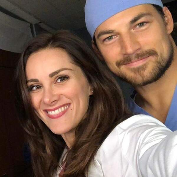 Stefania Spampinato sera de retour dans la saison 15 de Grey's Anatomie, dans la peau de Carina DeLuca