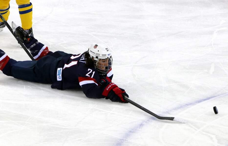 L'équipe américaine du hockey (femmes) qualifiée pour la finale aux dépens de la Suède