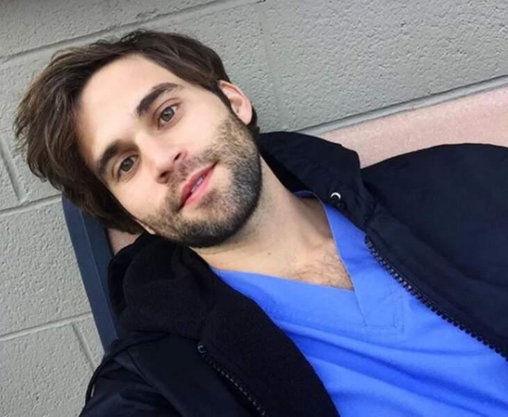 Vous aimez le Dr. Levi Schmitt ?