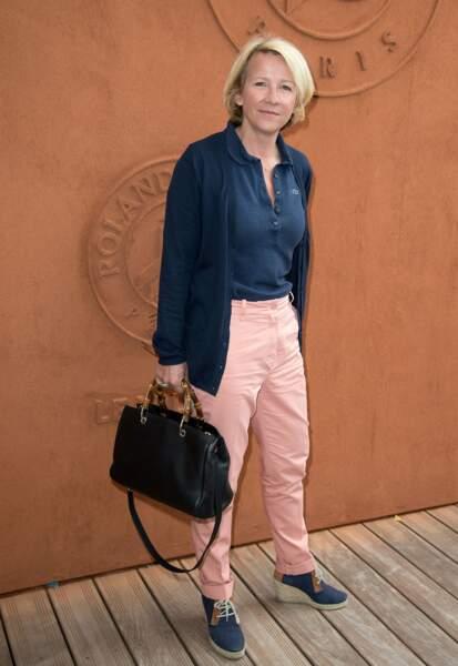 Pour son retour à la télévision, Ariane Massenet arrive sur France 3 avec sa soeur Béatrice.