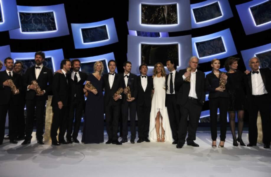 Cécile de France et François Cluzet entourés des lauréats de cette 39e édition