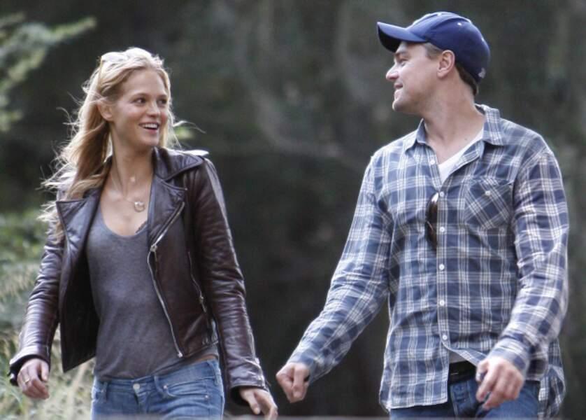 De décembre 2011 à octobre 2012, l'acteur succombe aux charmes et au mètre 80 d'Erin Heatherton