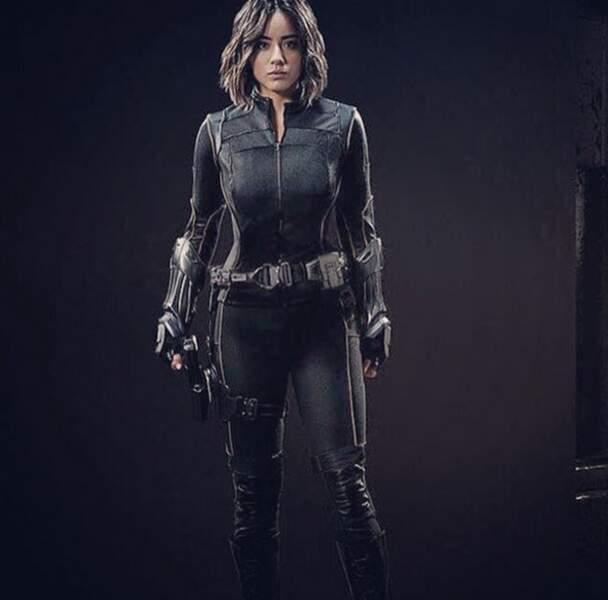 Chloe Bennett a retrouvé son super costume dans Marvel : les agents du S.H.I.E.L.D.