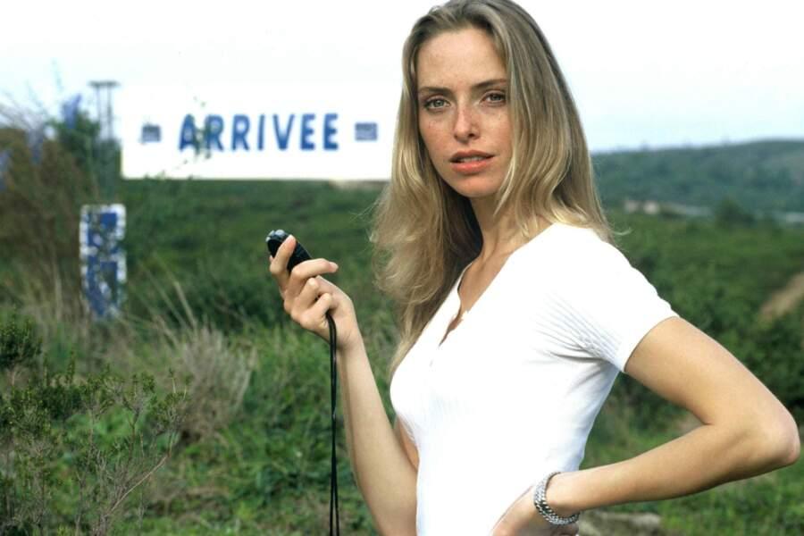 Au début des années 1990, Tonya Kinzinger apparaît dans une série de TF1…