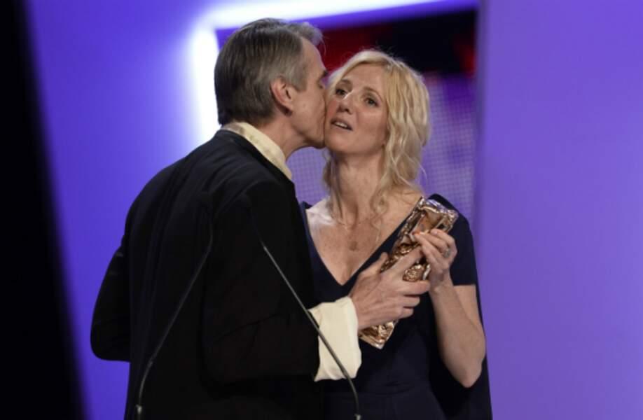 Un César de la meilleure actrice et un bisou de Jeremy Irons : Sandrine Kiberlain a bien de la chance !
