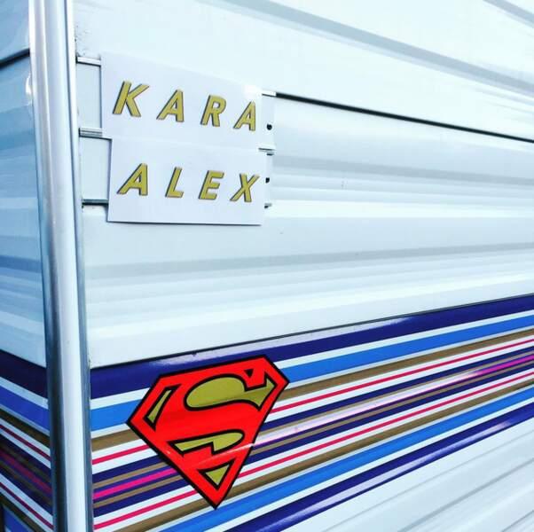 Sympa la loge de Chyler Leigh sur le tournage de Supergirl !