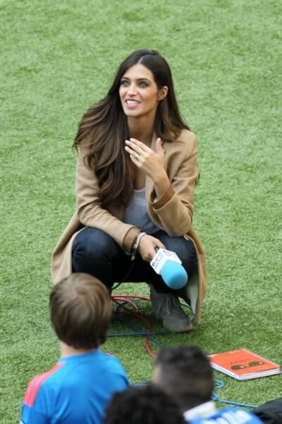 L'Espagnole Sara Carbonero (Telecinco) a les moyens de consoler son homme, le gardien de la Roja Iker Casillas.