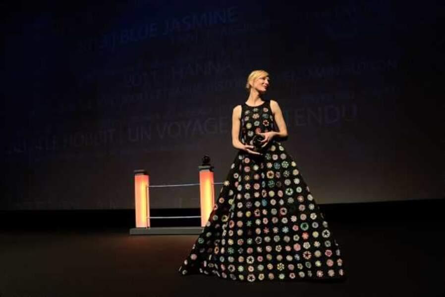 Pour la cérémonie d'ouverture, la comédienne a changé de robe