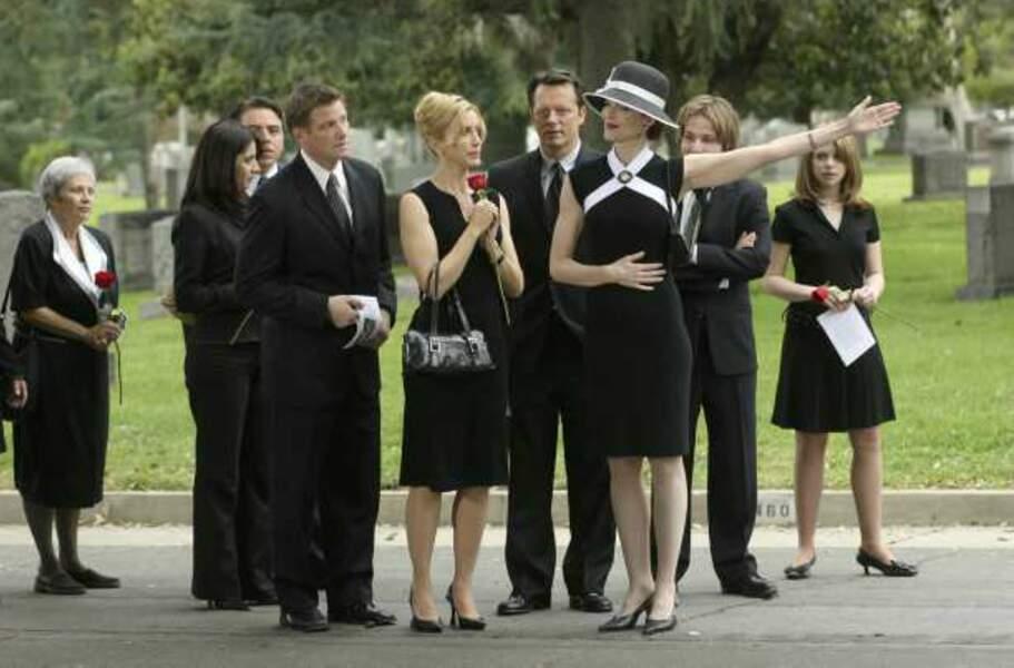Desperate Housewives - Bree à l'enterrement de Madame Solis