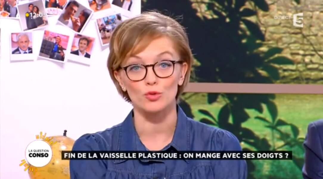 Maya Lauqué co-présente La Quotidienne chaque jour sur France 5