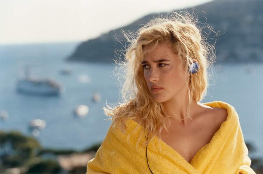 RIVIERA (2005) : Vahina est (encore) très caliente dans ce film !