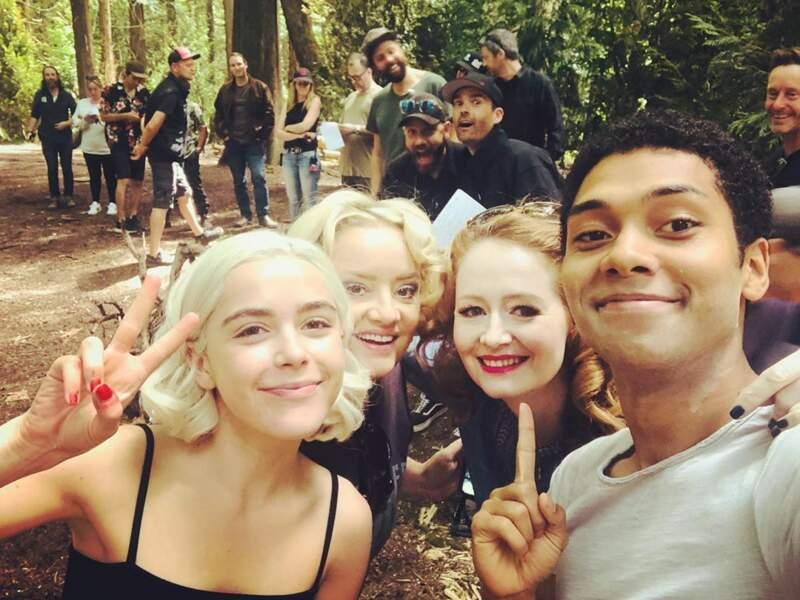 Un tournage tout en sourires sur Les nouvelles aventures de Sabrina.