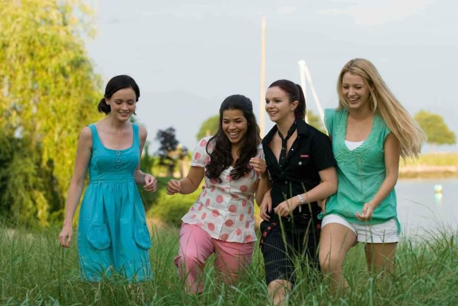 4 Filles et un jean (2005): quatre amies veulent partager un même jean pour garder un souvenir commun