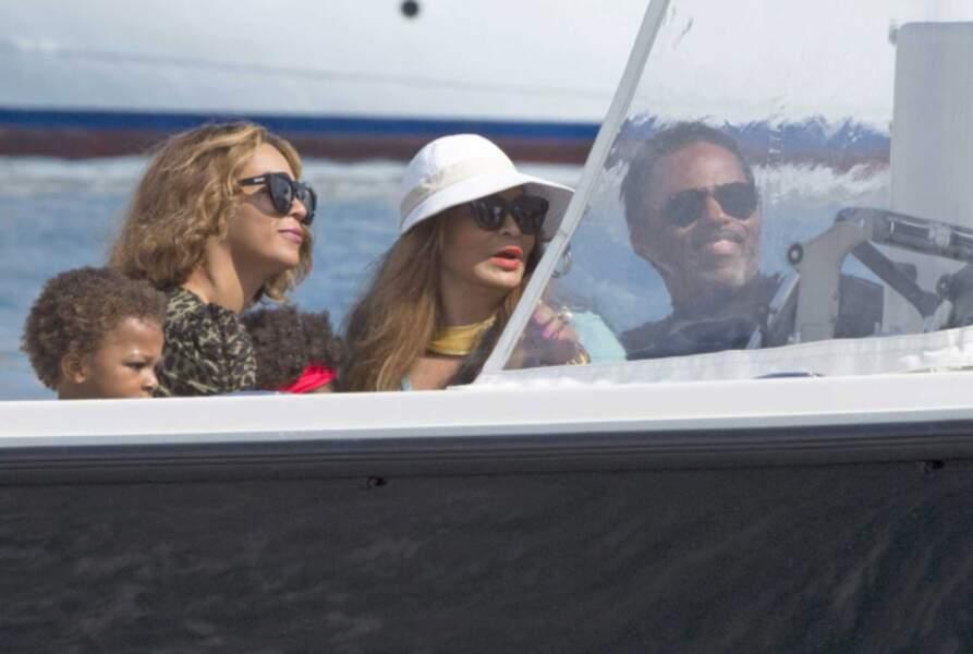 Avant le Stade de France, Beyoncé et sa famille ont fait un petit tour sur la Riviera.
