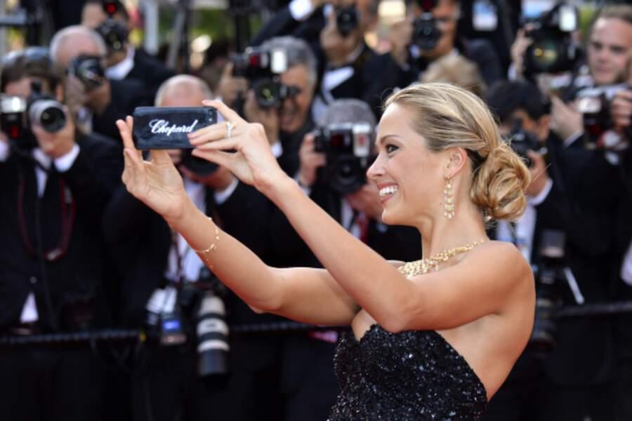 Un selfie oui, mais signé Chopard pour Petra Nemcova