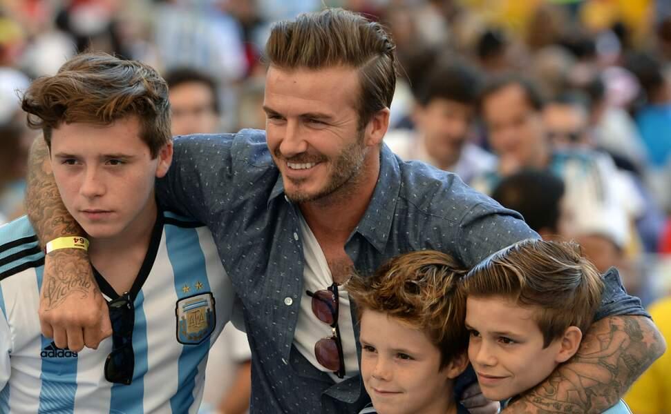 Il y avait du beau monde dans les tribunes : David Beckham et ses enfants…