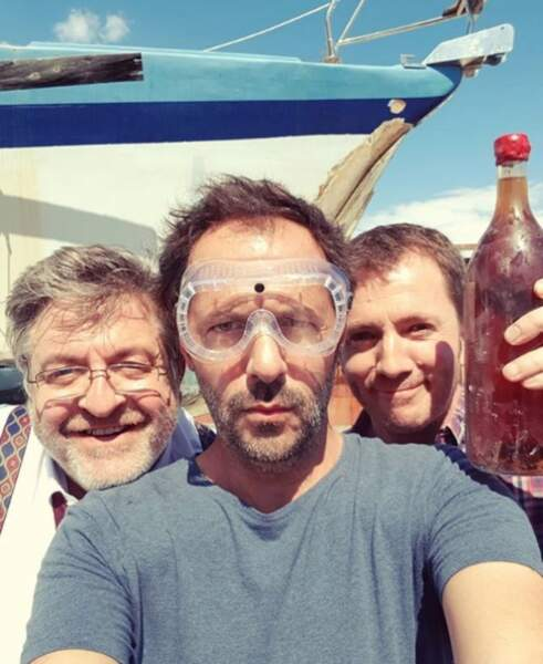 Du rosé, des lunettes de plongée et un selfie !