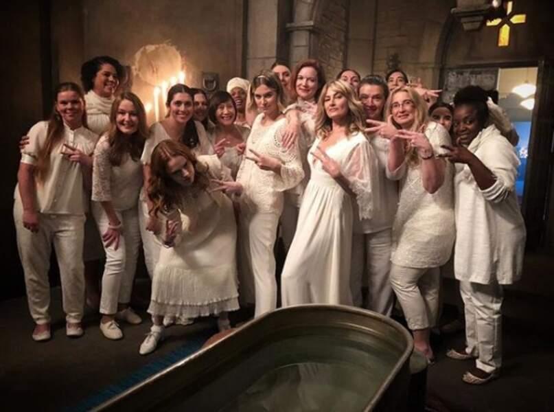Ambiance blanc, c'est blanc sur le tournage de Riverdale !