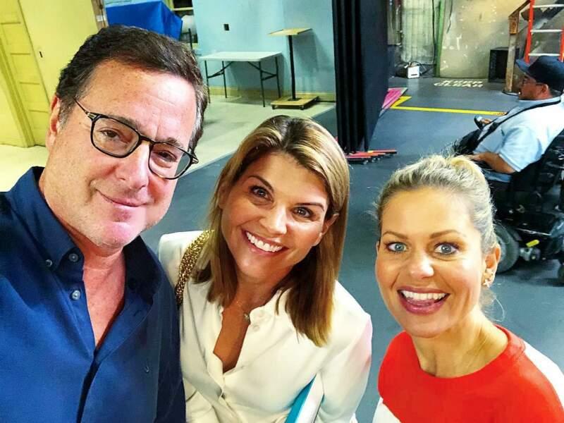 Qu'est-ce qui fait sourire Bob Saget et Lori Loughlin ? Candace Cameron va réaliser un épisode de Fuller House !
