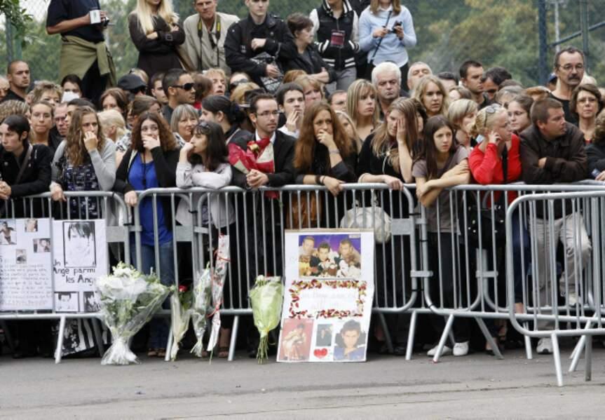 Les fans de Filip Nikolic sont venus en nombre pour lui rendre un dernier hommage.